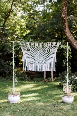 macrame wedding decor, backdrop